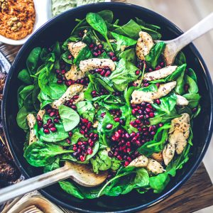 nutrition for personal trainers - bowl of salad